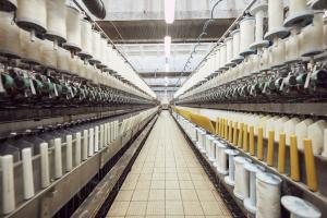 Le groupe Safilin est spécialisé dans la filature de fils pur lin (100% de fibres de lin) à destination des marchés de l'habillement, du linge de maison, de l'ameublement et des matériaux composites.