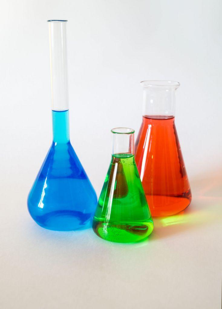 12/14 CLUBTEX • Les substances chimiques : usage, application, substitution